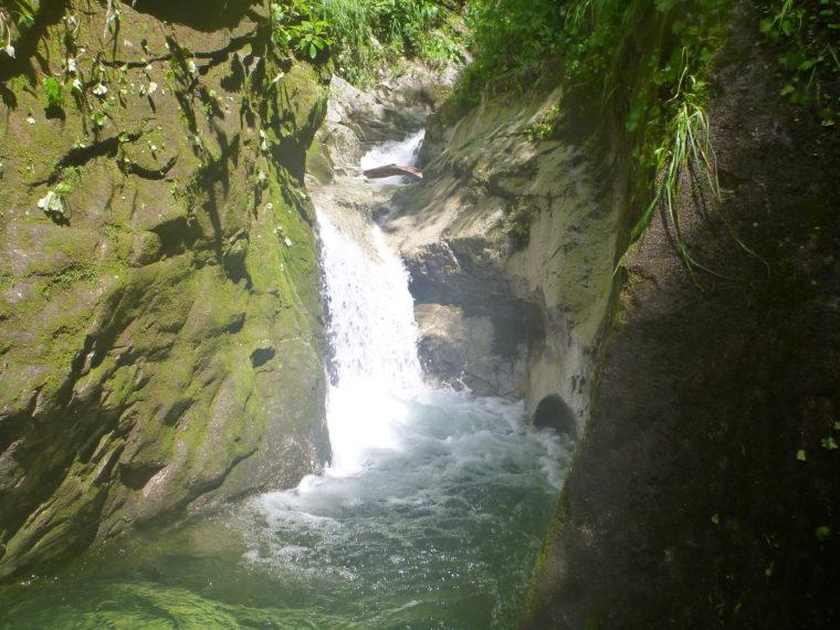 3mほどの滝