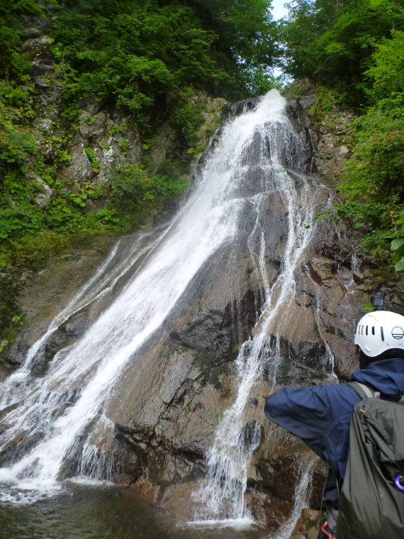 10mナメ滝