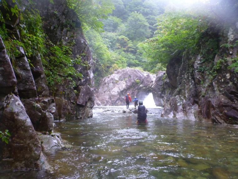 水多い4m滝