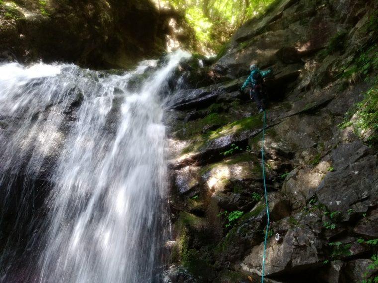 曲り滝登攀