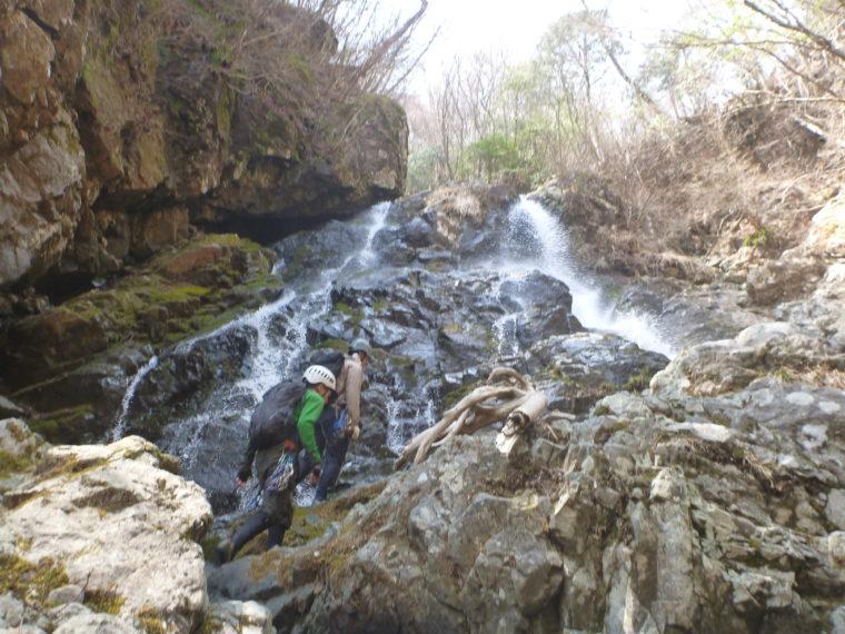 カサギ沢20m滝