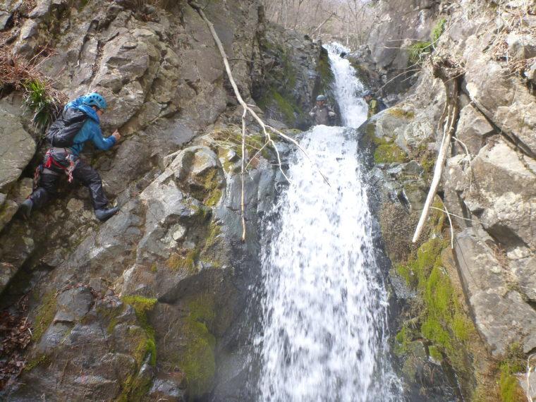キューハ沢2段10m滝下段